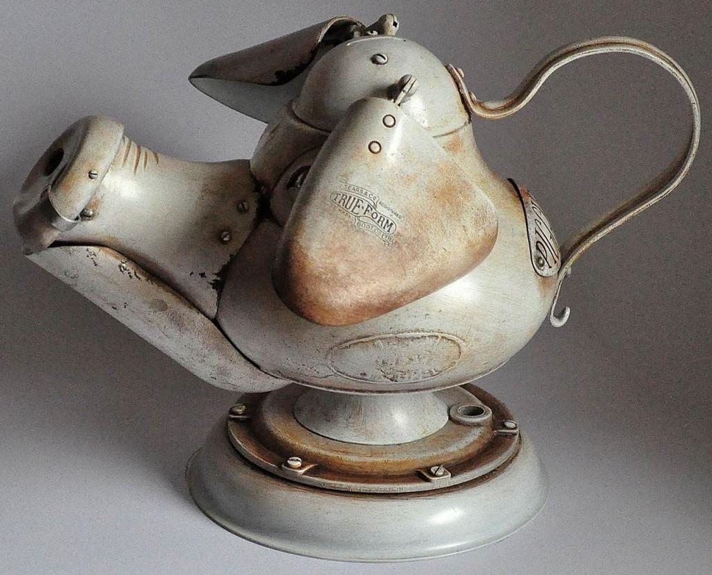 kiaule taupykle steampunk skulptura