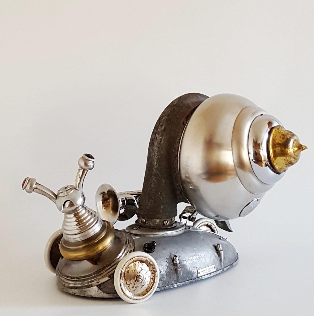 steampunk skulptūra sraige