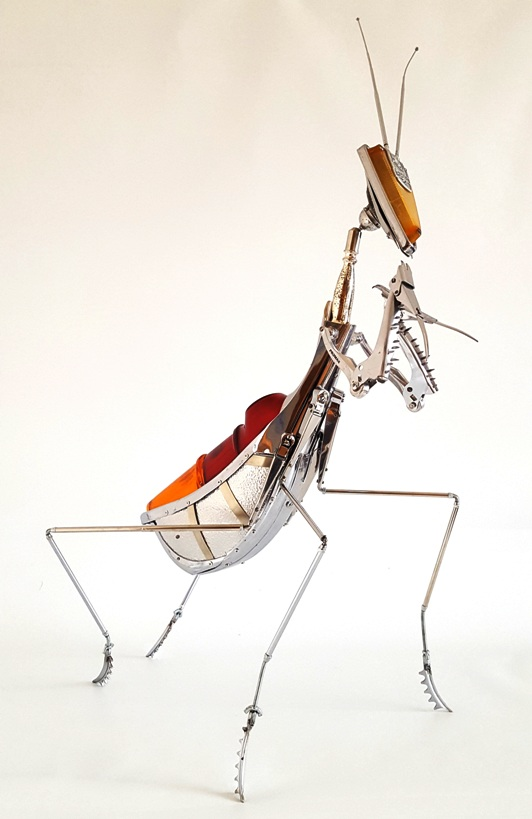 mantis metal sculpture
