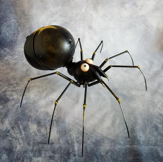 sculpture spider